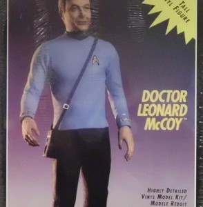 Star Trek Doctor McCoy: AMT/ ERTL